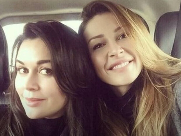 Анастасія Заворотнюк та Анна Заворотнюк