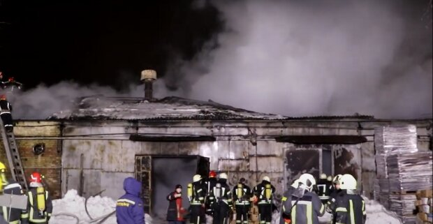 Пожежа в Подільському районі Києва