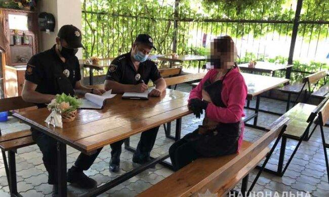 Українців штрафують на курортах за відсутність масок