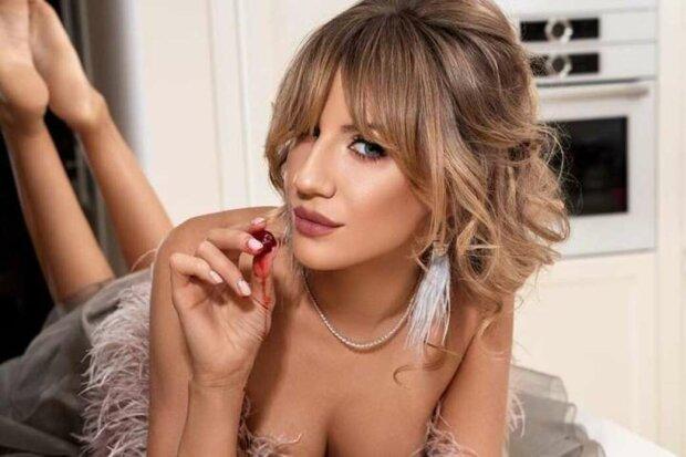 """Леся Нікітюк продемонструвала свої """"патли"""": Аж почервоніло """"там"""""""