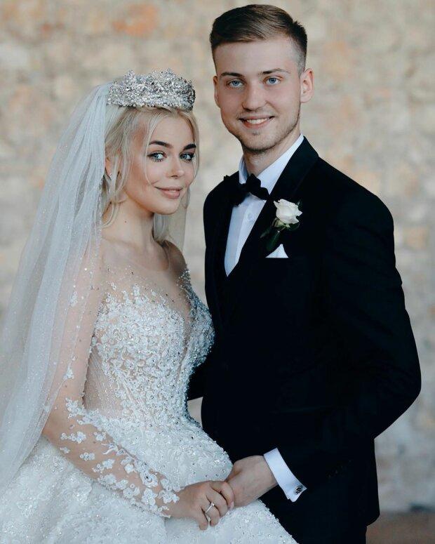 Аліна Гросу та її чоловік Олександр Комков