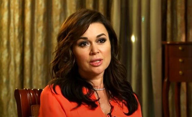 Анастасія Заворотнюк, скріншот із відео