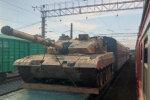 У Новосибірськ заїзджають китайські танки