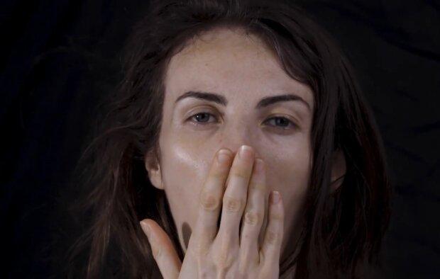 Позіхання, кадр з відео