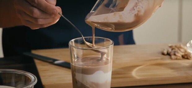 Фруктовий йогурт