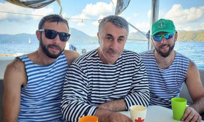 Євген Комаровський з синами