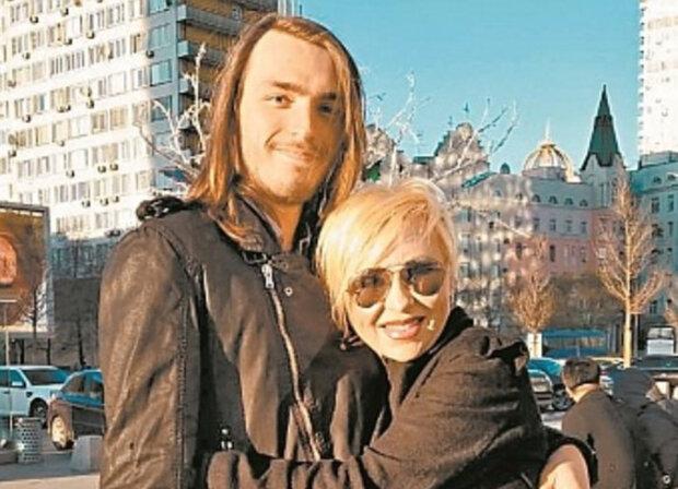 Валентина Легкоступова з сином