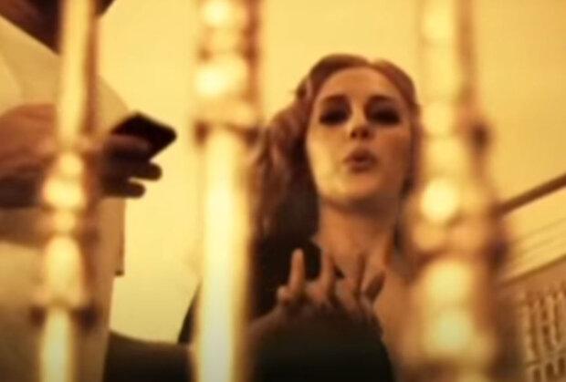 Мер'єм Узерзли, яка зіграла Хюррем в серіалі «Величне століття»