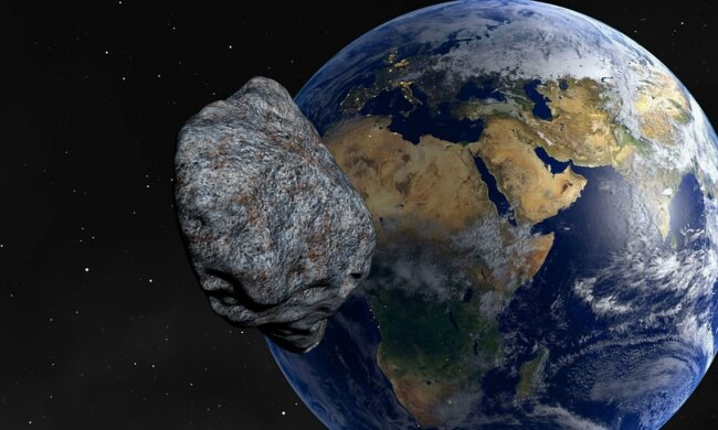 астероїд летить до землі