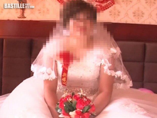 Чоловік знайшов у соцмережах відео, на якому його дружина виходить заміж за іншого