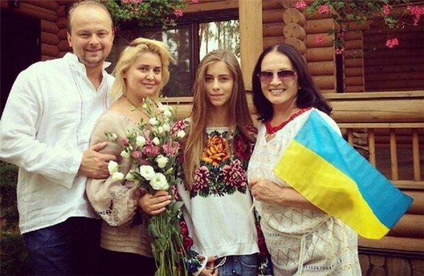 Руслан Євдокименко з сім'єю