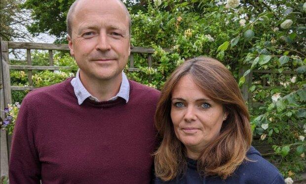 Директор і її чоловік