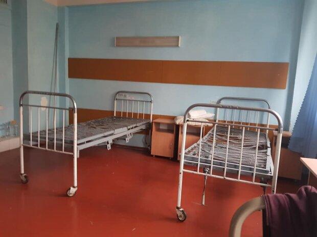 Умови, в яких лікуються хворі з COVID-19 в Києві